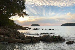 タイ留学でサーフィン